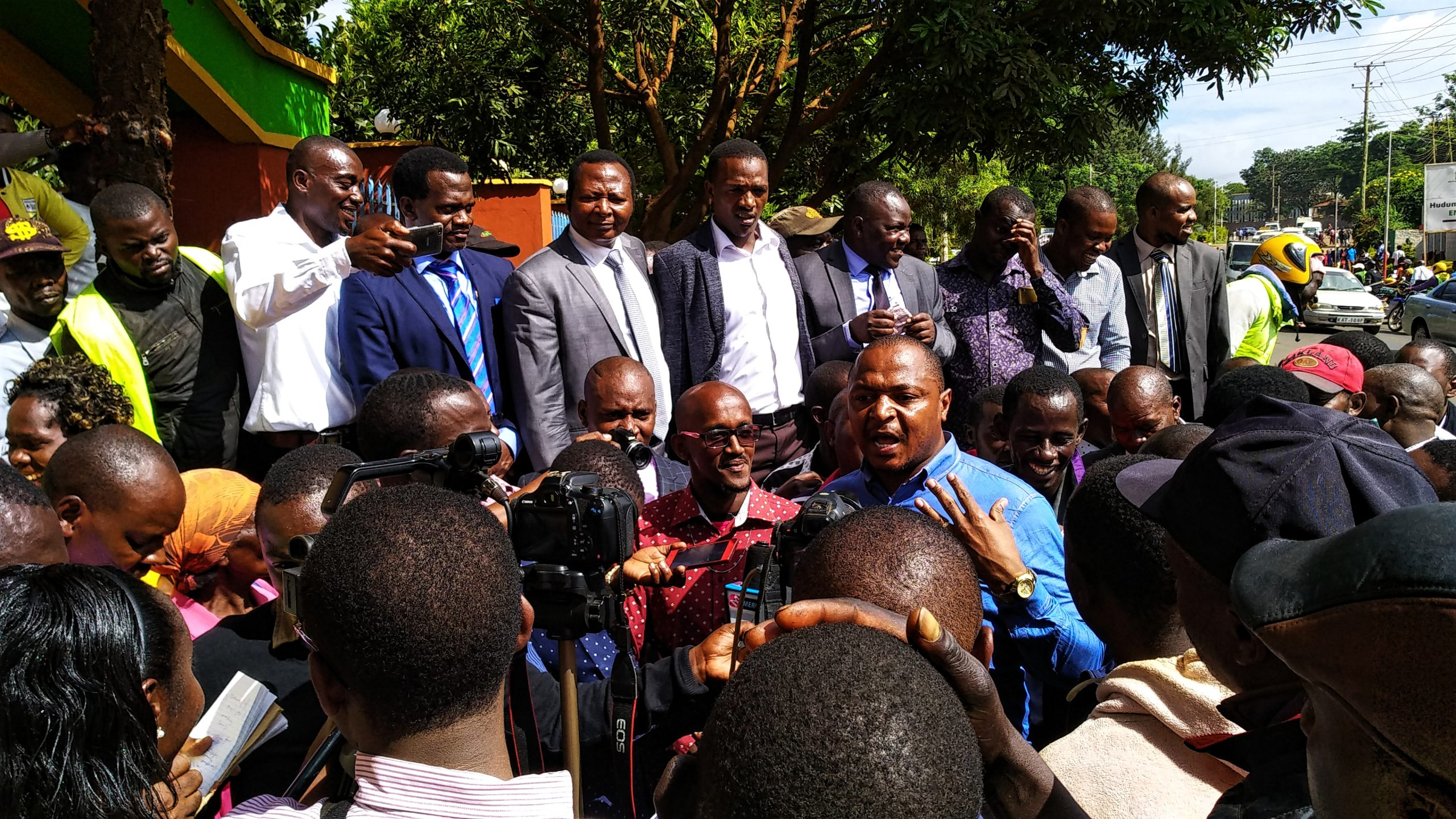 /Speaker-Josiah-Thiriku-addressing-demonstrators-who-were-protesting-his-harassment-by-the-Courts-outside-Governor-Martin-Wamboras-Office.